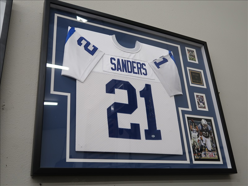 BOB SANDERS AUTOGRAPH FRAMED JERSEY, PHOTO, AND CARDS | RESTAURANT ...